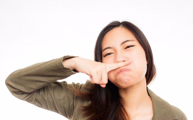 chữa khí hư có mùi hôi tại nhà