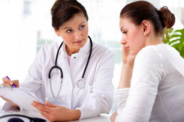 khám sức khỏe định kỳ để kiểm tra bệnh giang mai