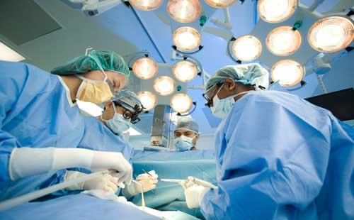 viêm lộ tuyến do biến chứng từ phẫu thuật ở cổ tử cung