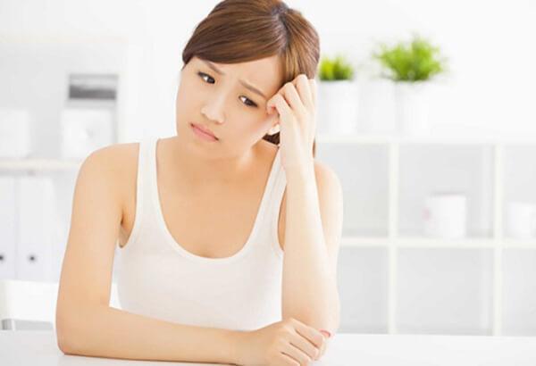 rối loạn nội tiết tố nữ là nguyên nhân viêm lộ tuyến cổ tử cung