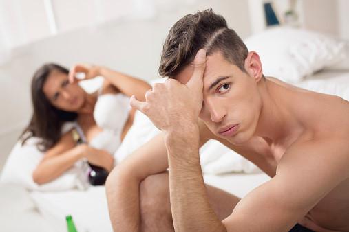 Dài bao quy đầu có gây xuất tinh sớm không? Chữa trị như thế nào?