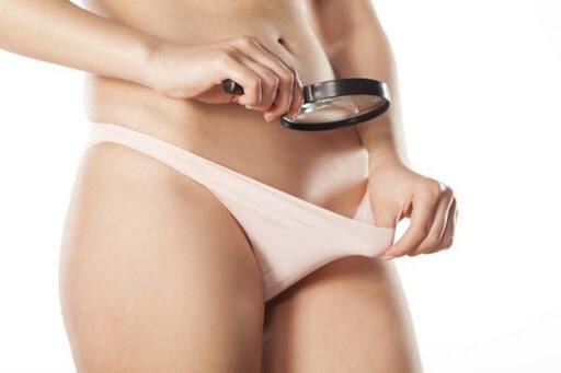 Nổi hạch ở vùng kín là triệu chứng bệnh gì? Cách điều trị ra sao?